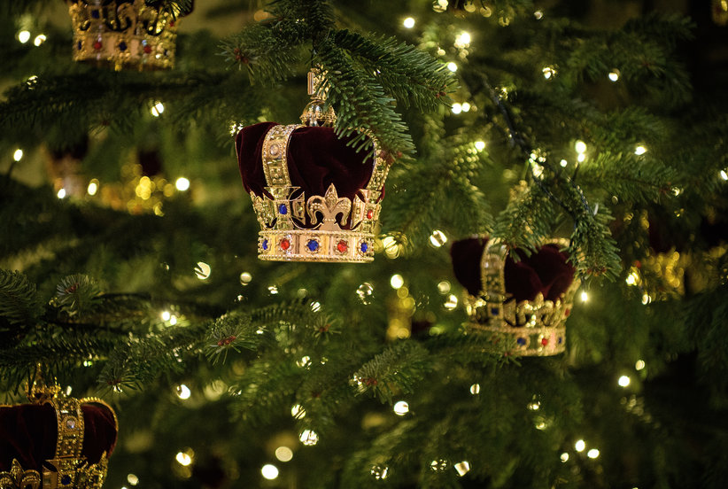 Take a Peek at Buckingham Palace's Stunning Holiday Decorations