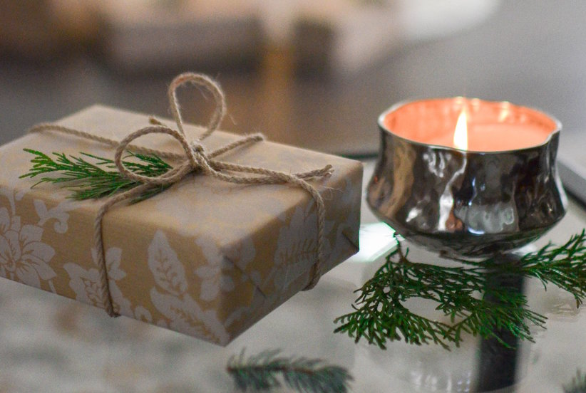 8 Easy Ways to Make Your Home Smell Like Christmas