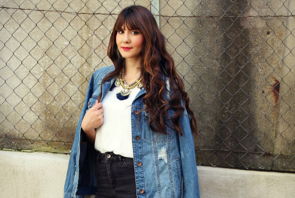 Tips on How to Wear a Jean Jacket with Any Outfit