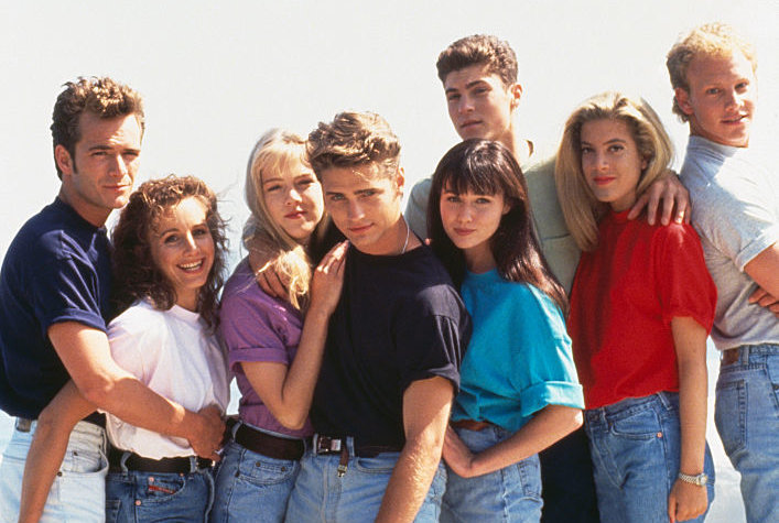Poll: Here Are the Most Binge-Worthy Shows From the '90s!