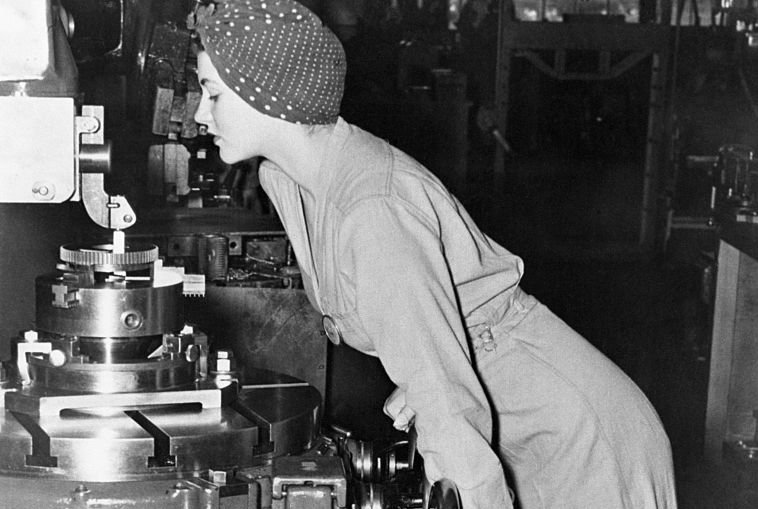 4 Things You Didn't Know About the Real-Life Rosie the Riveter