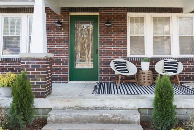 The Trick to Picking the Perfect Front Door Color
