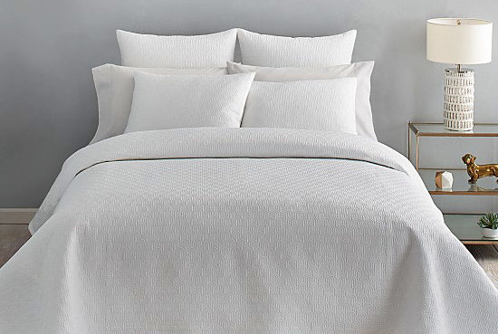 Bloomingdale's Is Offering 25 Percent Off Almost Everything Right Now—Stock Up on These Bedding Buys