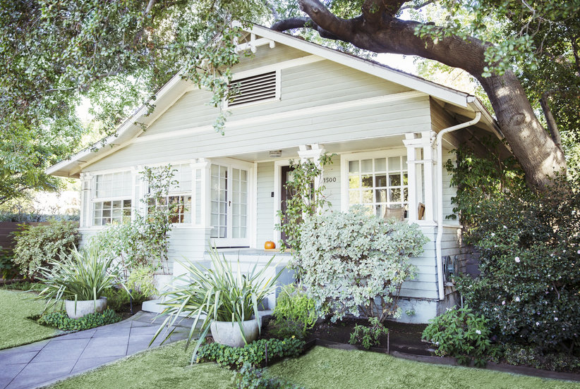 The Best Porch Decor Ideas to Up Your Home's Curb Appeal