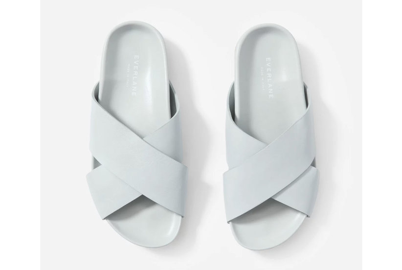 Everlane's Sold-Out 'Form' Sandals Are Back In Stock—But Not for Long