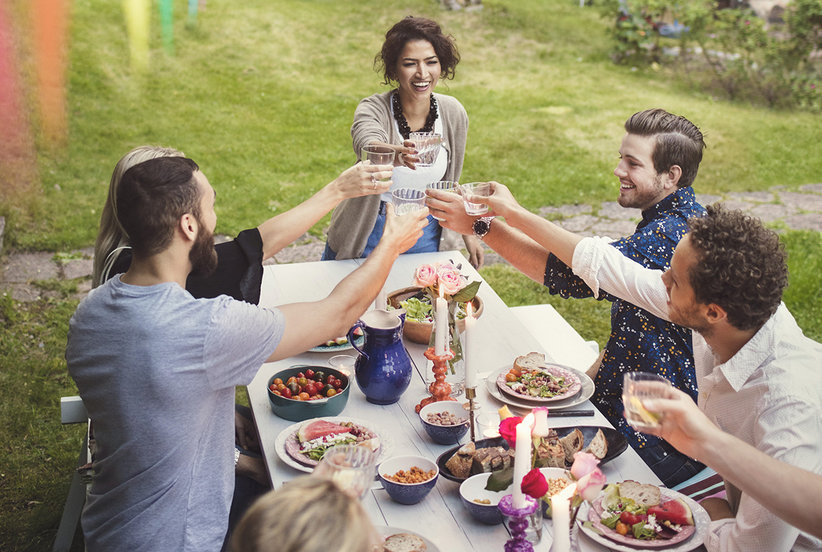 How to Throw the Ultimate Summer Party, According to Queer Eye's Jonathan Van Ness