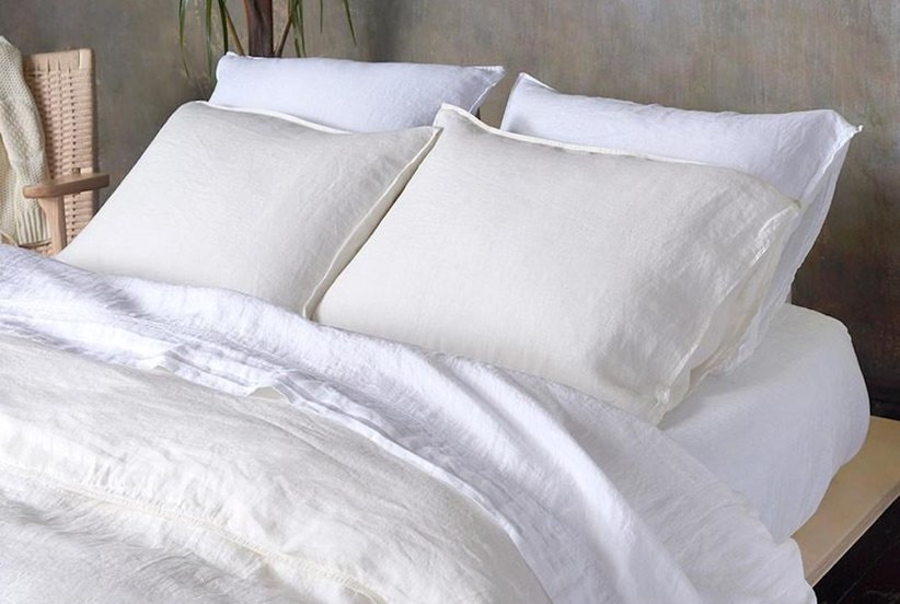 These Cooling Linen Bed Sheets With a Cult Following Are $20 Off for Real Simple Readers