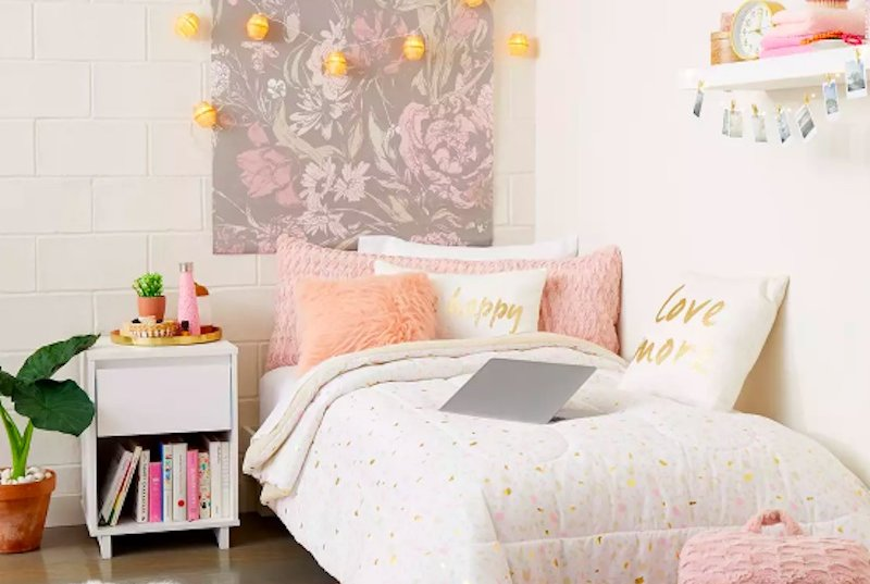 How to Decorate Your Entire Dorm Room at Target for Less Than $100