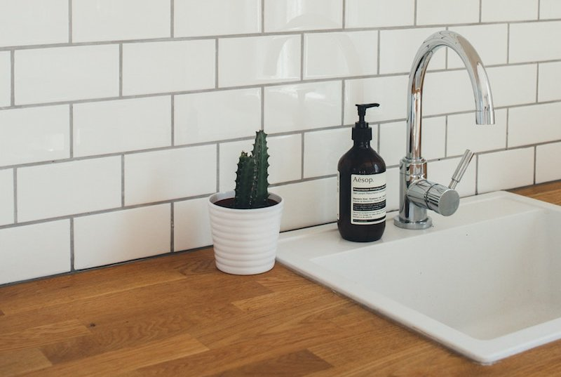 How to Clean Grout the Easy Way