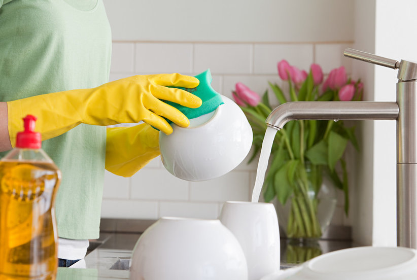 When to Throw Away (And When to Clean) 7 of the Grossest Things in Your Home