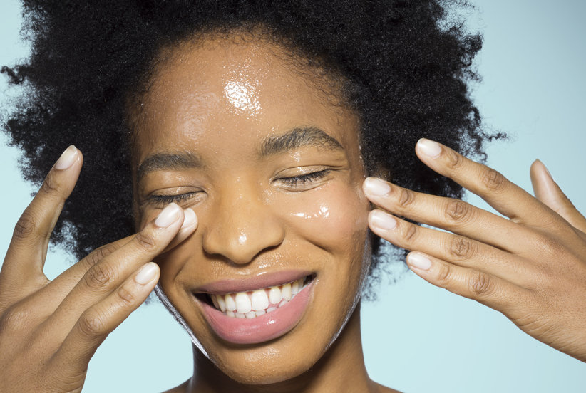 This Anti-Aging Moisturizer Is the Best-Selling New Skincare Product of 2018