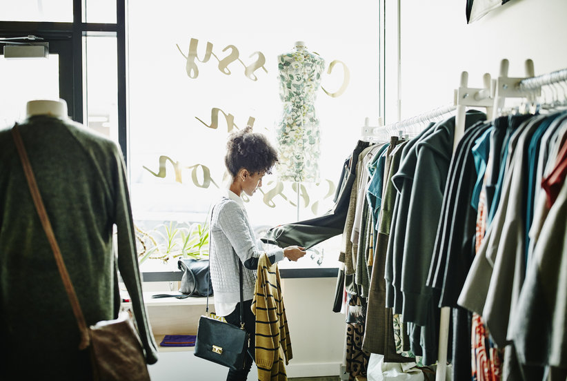 7 Smart Strategies to Avoid Impulse Buys That You'll Regret Later