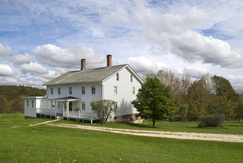 Attention, Fixer Upper Fans: These 5 Gorgeous Farmhouses Are for Sale for Less Than $1 Million