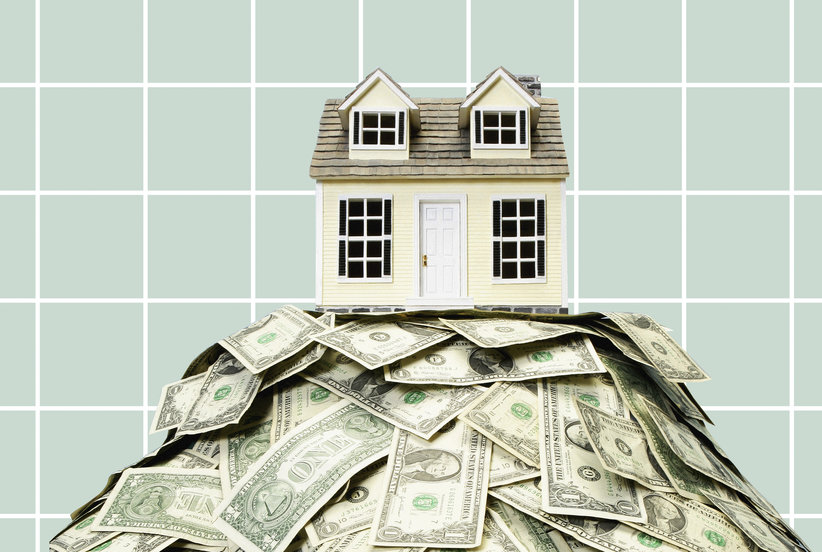 Almost Half of People Pay More Than Asking Price for Their Homes—Follow These Tips to Avoid Being One of Them