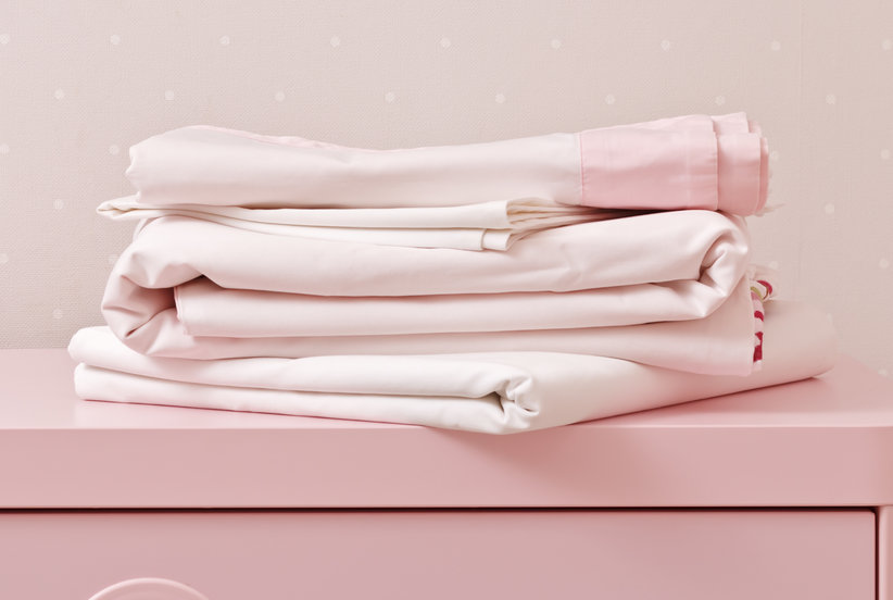 This Is How Often You Should Really Clean Your Sheets, According to a Pro