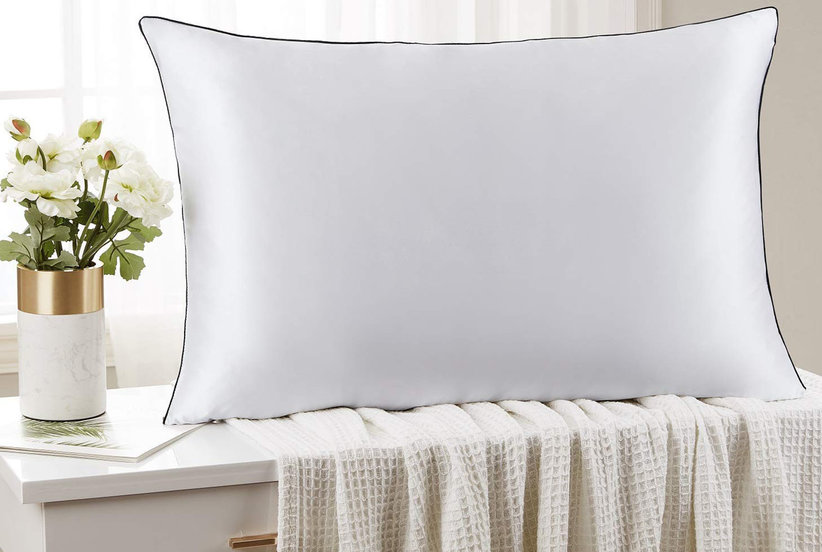 The Brand Behind Amazon's Best-Selling Bedding Just Launched a Dreamy Silk Pillowcase