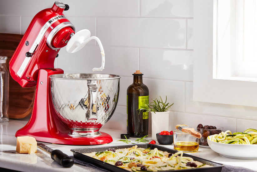 You Can Now Engrave Personalized Messages on KitchenAid Stand Mixers (and It's Our New Favorite Gift Idea)
