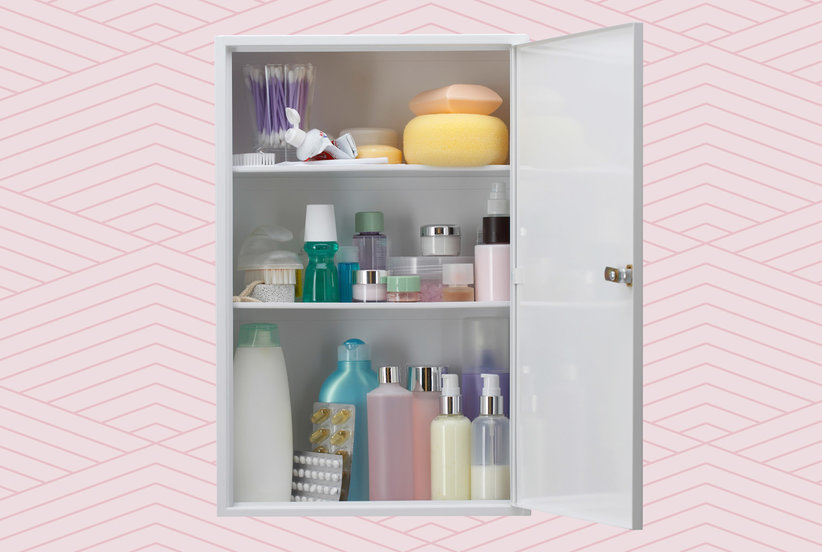 8 Things You Should Never Store in Your Medicine Cabinet—and 7 Things You Should