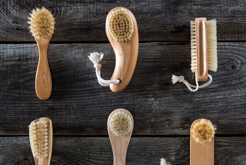 Dry Brushing Skin Benefits and How to Dry Brush