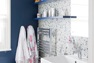 Case of the Blues 15 Great Bathroom Design Ideas – Blue and White Bathroom