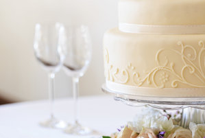 How to Negotiate With Wedding VendorsReal Simple