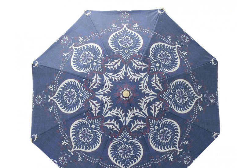 4 Bold Beach Umbrellas to Keep You in the Shade All Summer Long