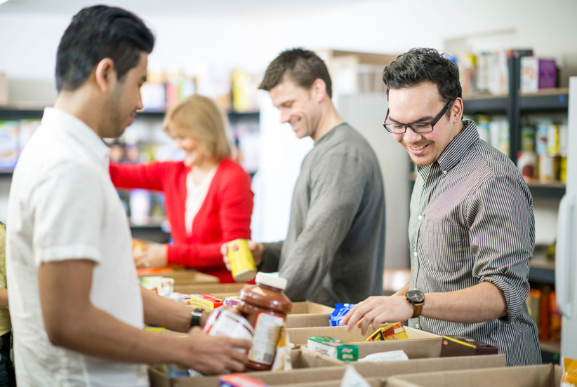 The Surprising Time Food Banks Need Donations the Most (and HowYou Can Help)