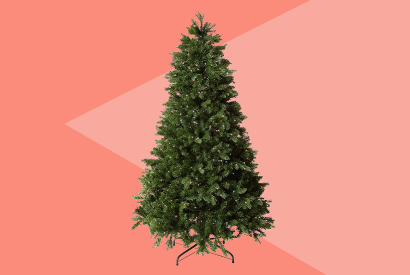 Amazon's Alexa-Compatible Christmas TreeSold Out Almost Immediately—But You Can Still Order One