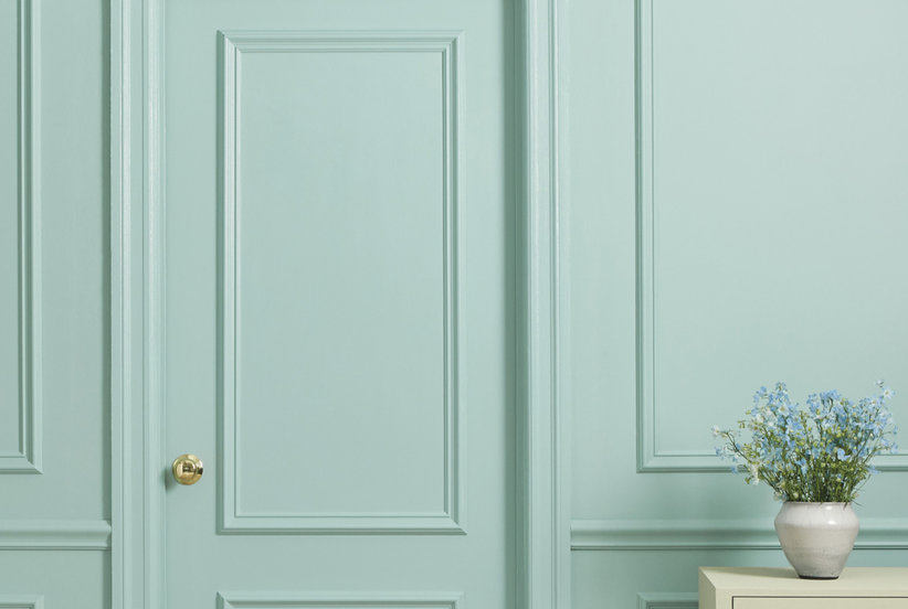 How to Pick the Perfect Trim Paint Color, According to a Paint Pro