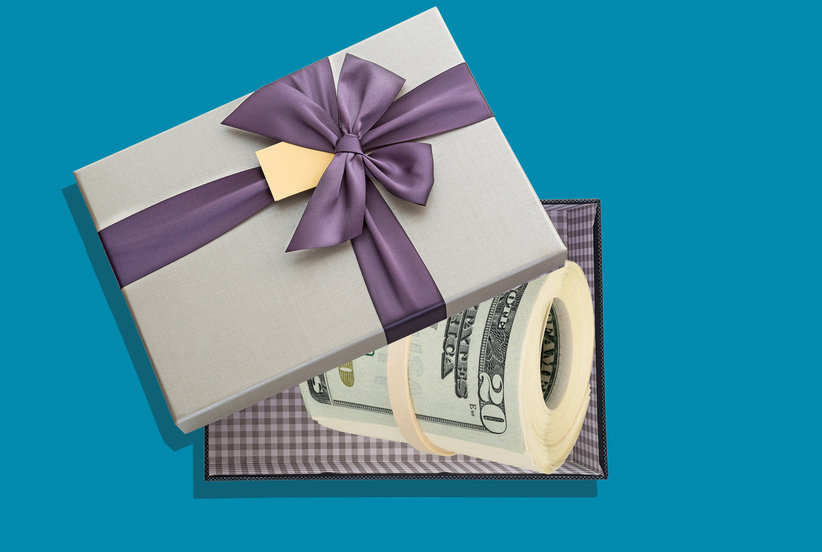 Cash Wedding Gift Amount: Here's How Much Money You Should Give As A Wedding Gift In