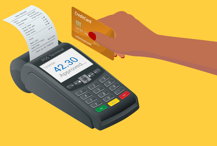5 Times You Should Pay With a Credit Card, Instead of Cash or a Debit Card