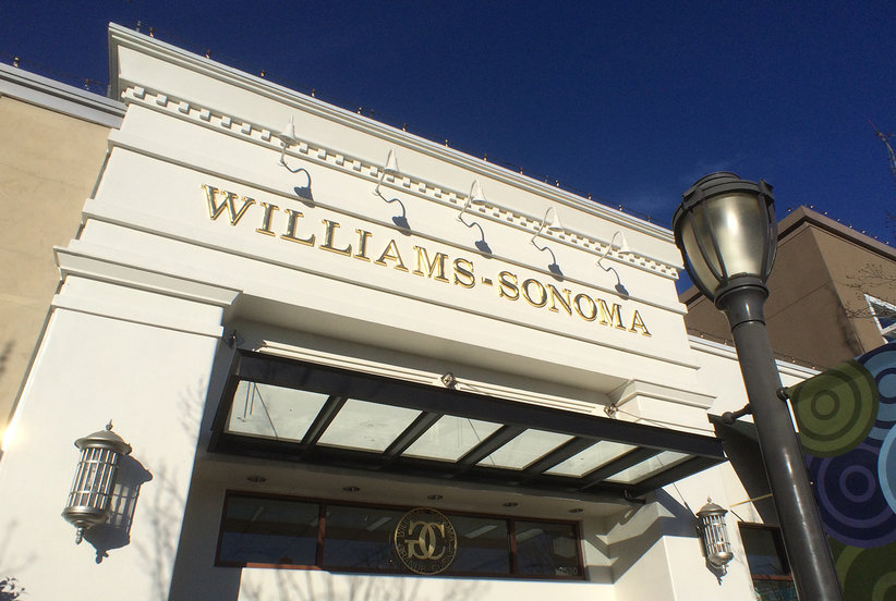 Williams-Sonoma Is Having a Huge Holiday Sale