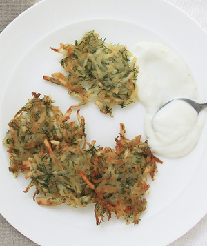 dill-latkes-with-lemon-sour-cream