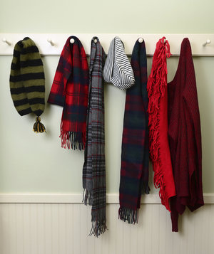 scarves-hats-rack