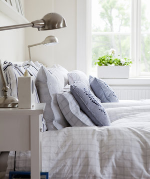 well-made-bed