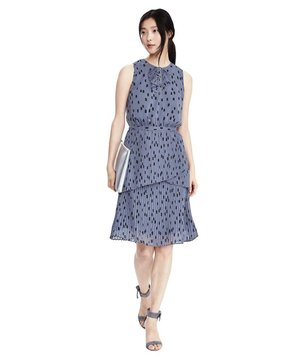 banana-republic-pleated-dot-print-dress