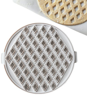 williams-sonoma-lattice-piecrust-cutter