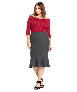 sweater-trumpet-pencil-skirt