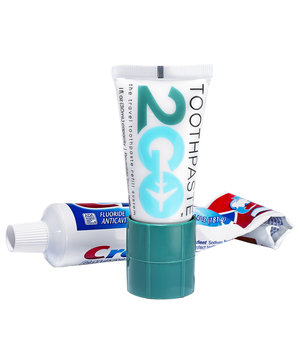 travel-toothpaste-adapter