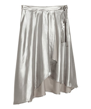shimmering-metallic-skirt