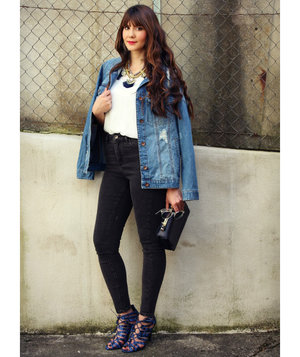 Tips On How To Wear A Jean Jacket With Any Outfit Real