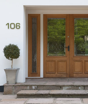 front-entrance-house-numbers