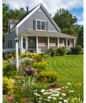 home-landscaping-flowers
