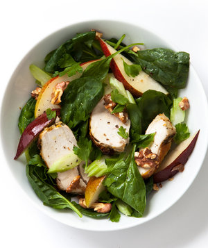 chicken-spinach-pear-celery-salad
