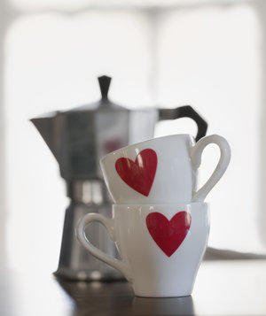 coffee-cups-hearts