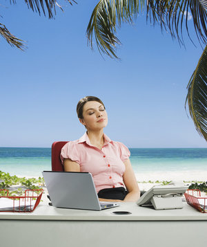 woman-desk-beach