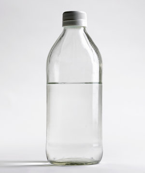 distilled-vinegar
