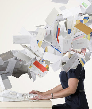 woman-work-email-inbox