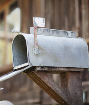mailbox-with-heart