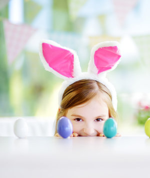 girl-easter-eggs-bunny-ears